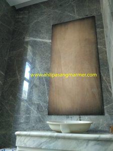 pasang dinding granite kamar mandi