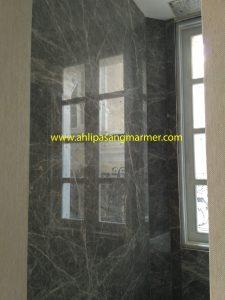 pasang dinding granite kamar mandi 2